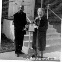 Mary Ellen Henderson receiving NAACP lifetime membership